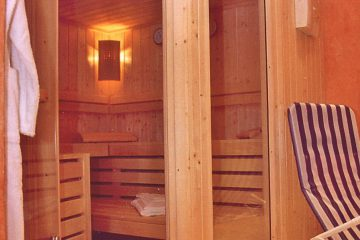 Sauna im Wellnessbereich - Klinik für kosmetische Chirurgie-Leipzig